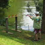 DUCK DYNASTY - BRYAN SHOOTING WOODEN DUCKS WITH A WATER GUN